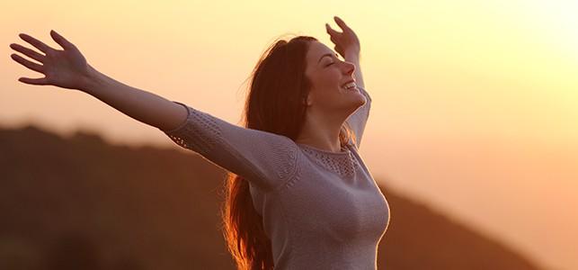 learn-the-ujjayi-breath-an-ancient-yogic-breathing-technique.jpg